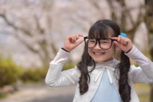 子供の視力_メガネ